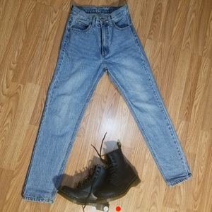 Brandy Melville Jane Denim Jeans